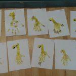 giraffe-handprints
